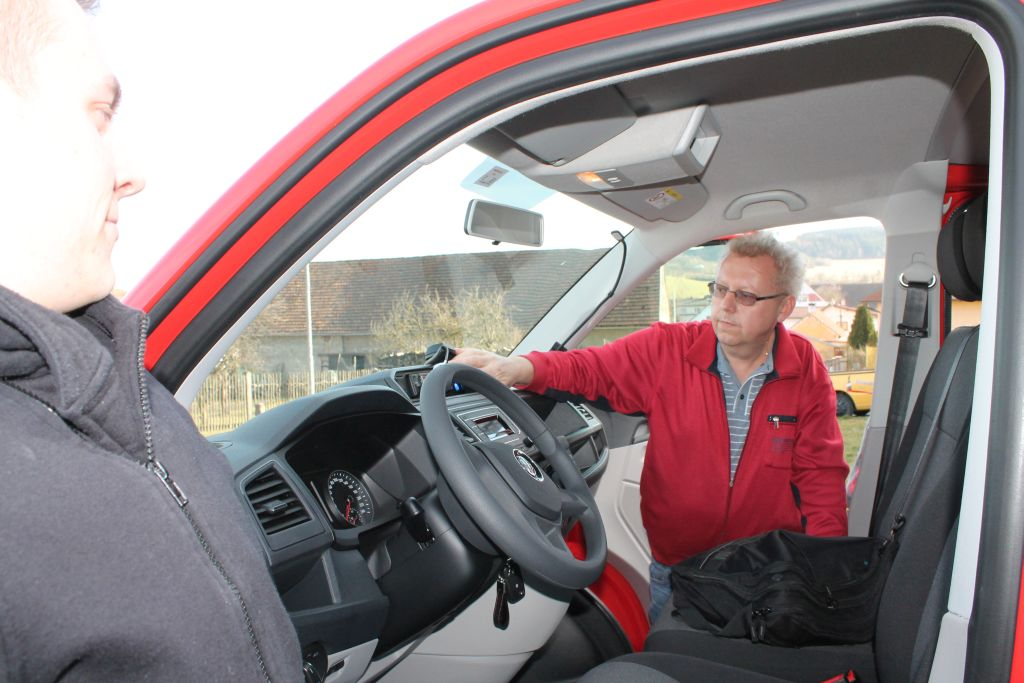 Převzetí hasičského auta